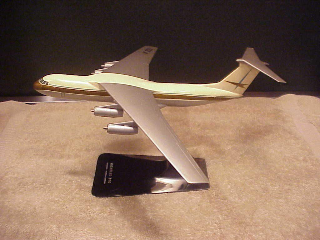 commercial C-141 model 1